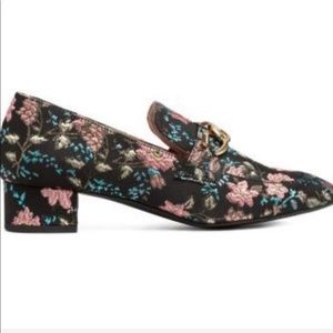 H&M floral jacquard chain detail loafers NEW
